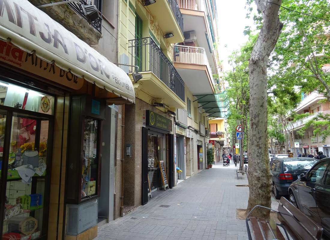 Tico en barcelona en venta barrio de les corts nuevo - Atico barcelona ...